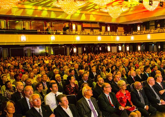 125-jahre-publikum-berlin.jpg