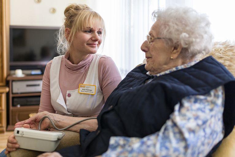 ASB fordert bessere Bezahlung der Arbeitskräfte in der Pflege