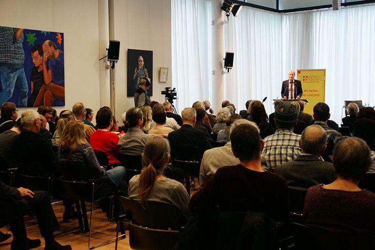 Kunstausstellung zum Thema Teilhabe eröffnet