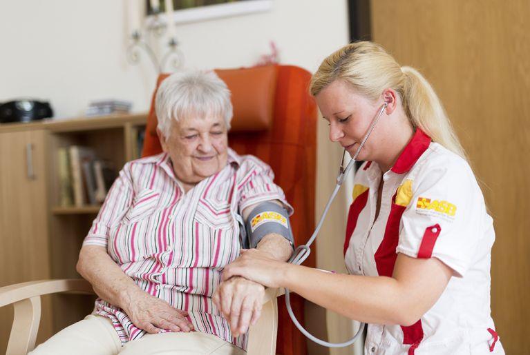 ver.di und Arbeitgeberverband BVAP einigen sich auf Tarifvertrag für Corona-Sonderprämie von 1500 Euro in der Pflegebranche